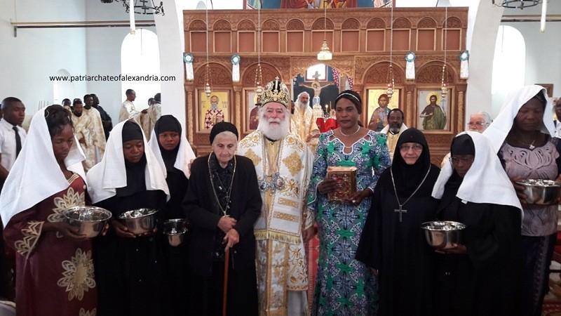 Патріарх Феодор і дияконіси в Конго. Фото patriarchateofalexandria.com